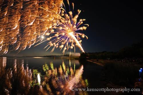 4th of july fireworks by ken scott