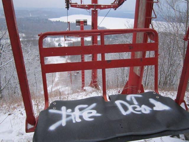 SugarLoafLiftGraffiti